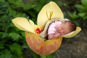 новородено дете
