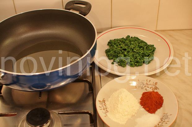 Селска каша от коприва - продуктите са готови за готвене