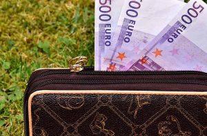 портфейл пари