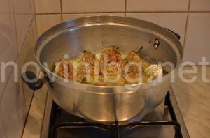Ястие с чушки и млечен сос - пържене на чушките